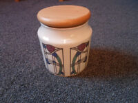 Classic storage canister