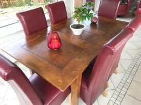 Mahogany Extending Dining Table PLUS 6 Chairs
