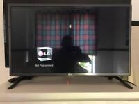 LG 32 smart led tv wi fi mint condition