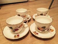 Vintage tea cups x 28