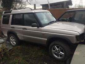 Land rover td5 alloys and off road tyres