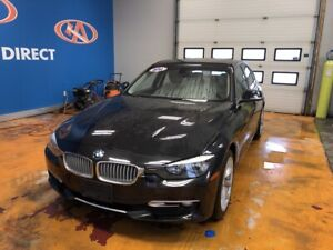 2014 BMW 320 i xDrive AWD/ LEATHER/ POWER SUNROOF!
