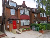 SPACIOUS STUDIO FLAT LOCATED IN A SOUGHT AFTER AREA OK KILBURN/WEST HAMPSTEAD AVAILABLE IN MAY!