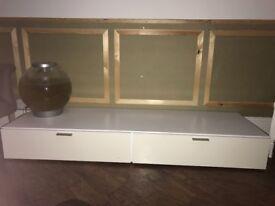 Low White lacquer TV unit