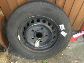 215 65 16 Ford Transit wheel & tyre