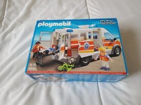 Playmobil 5541 City Action Coast Guard Ambulance with Lights and Sound - NEW