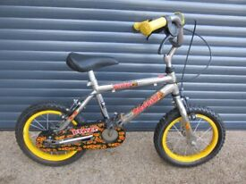 CHILDS BLAZE STARTER BIKE IN VERY GOOD USED CONDITION. (SUIT APPROX AGE. 4+)..