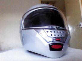 Caberg Justissimo crash helmet with Bluetooth Audio