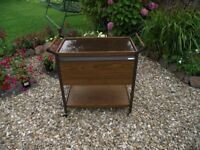 HOSTESS TROLLEY 1970's RETRO HEATED TOP & OVEN WORKING ORDER