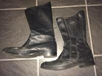 Motorcycle boots size 8 Frank Thomas.