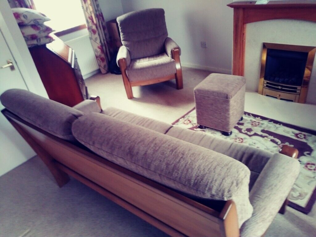 Now Less Than Half Price 3 Piece Lounge Suite Soffa