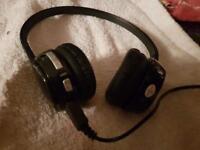 Bluetooth headphones (LOGIK)