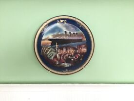 Set of 6 Titanic: Queen of the Ocean Bradford Exchange Plates by James Griffin