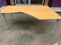 1800 Kinnarys beech height adjustable corner desk
