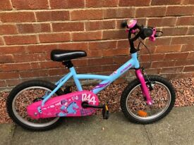 Girls bike £30 would suit ages 5-7