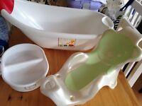 NEWBORN BABY BATH & MAMAS & PAPAS BATH SEAT AND DISH PLUS FREE TUB C &G MILK