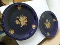 2no Large Collectable Plates