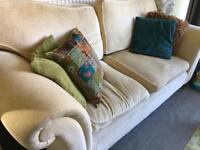 Laura Ashley 2 seated sofa 🛋