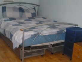 DOUBLE BED + 4 MATCHING UNDER BED STORAGE DRAWERS