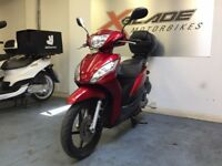 Honda Vision 110cc Automatic Scooter, Back Box, Very Good Condition, ** Finance Available **