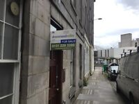 Immaculate 2 bedroom flat GCH near Royal Mile and University rent £1200 pcm dep £600 07775597973