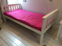 Single bed, wooden, white