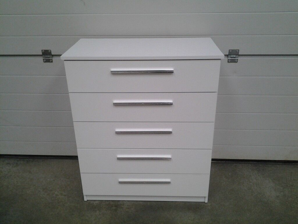 ex display white gloss chest drawers with diamante handles