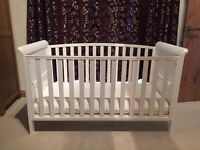 Toys r us White Aspen Cot Bed. Excellent Condition. From smoke/pet free home. Matress included.