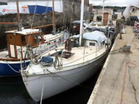 40ft Hillyard wooden yacht, sold as a project