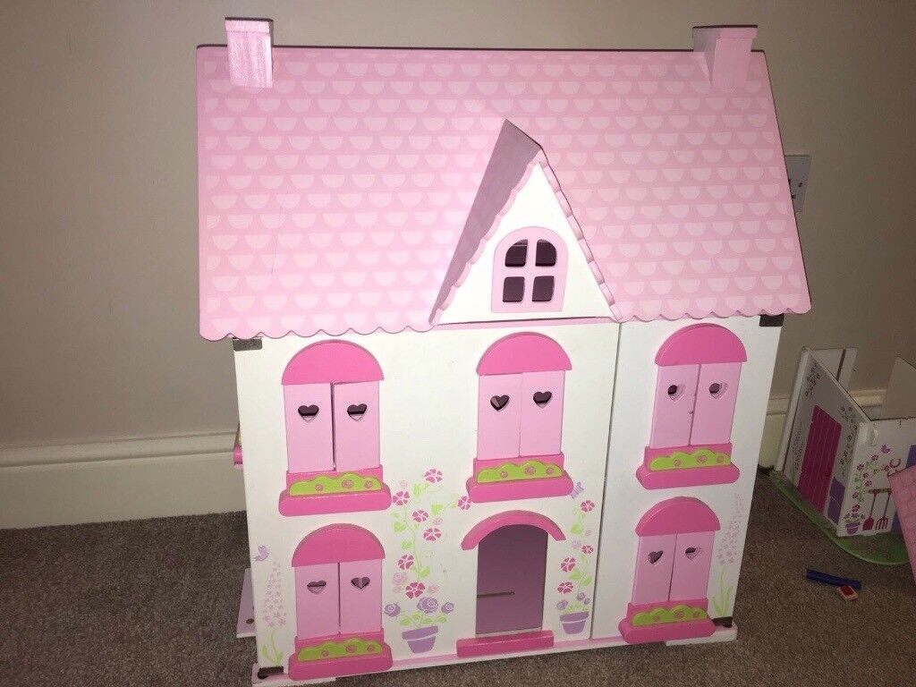 Rose cottage wooden dolls house & accessories