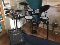 Roland TD-11KV V-Drums + Roland PM-10 Personal Monitor