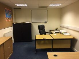 Large office space - no contract - furniture included