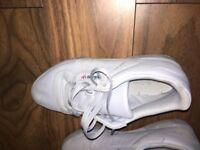 Adidas yeezy calabasas 7.5