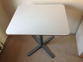 TABLE IKEA BILLSTA WHITE EXCELLENT CONDITION VERY STURDY