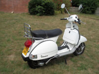Vespa PX150 - 2016 Model, Only 568Km