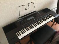 Roland E-600 Intelligent Electric Keyboard