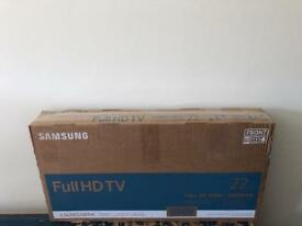 "Samsung 22"" HD LED FREEVIEW TV IN BOX NEW"