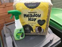 Rabbit hay and hutch cleaner