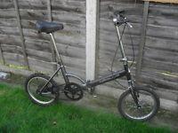 Folding Apollo bike, alloy wheels, hub brakes suit train, car travel