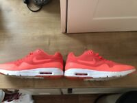 Excellent condition nike air max 6