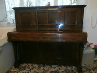 John Russel & Son London Piano