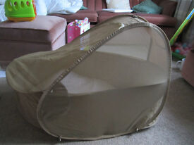 Travel Cot with Mosquito Net