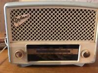 Vintage Defiant radio