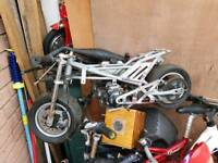 Mini moto all there.needs little work.