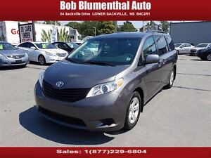 2012 Toyota Sienna V6 7-Pass HARD TO FIND LOW KMs! REDUCED!