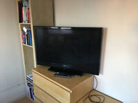 "42"" Bush Plasma HD Black TV Built in Freeview + Remote Control"