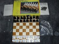 CHESS TEACHER BY PAVILION - A LEARNING SET FOR BEGINNERS - TEACHERS THE MOVES & PIECES