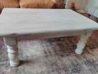Shabby Chic style coffee table