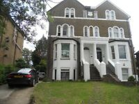 MODERN 3 BED APARTMENT WITH GARDEN, FURNISHED, 10 MINS WALK TO UXBRIDGE TUBE STATION AND HIGH ST