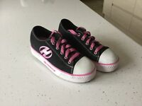 Immaculate condition, Heely shoes - adult size 4